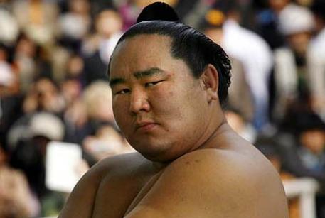 В Японии теряет популярность сумо.