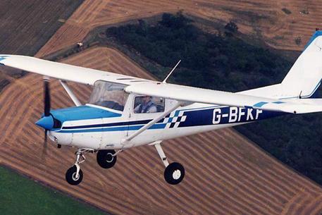 Самолет сесна 152 фото с сайта flyforfree co