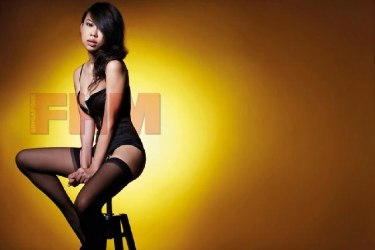 Голые девушки из сингапура фото