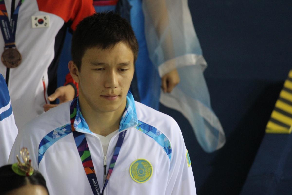 Ануар Ахметов (паралимпийский спорт)