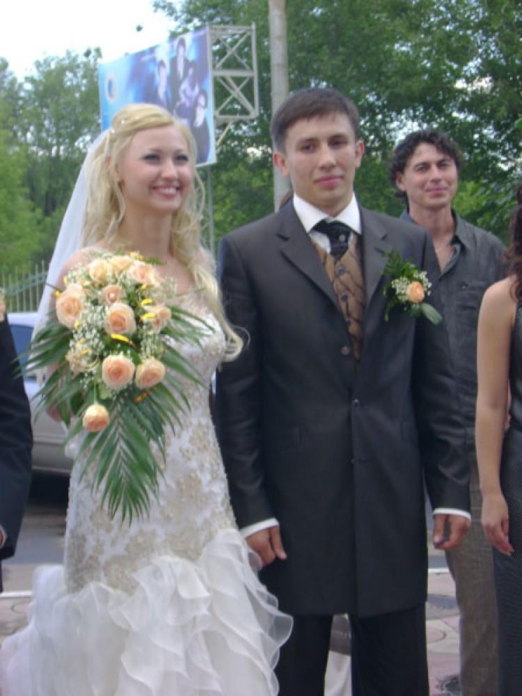 головкин геннадий фото с женой