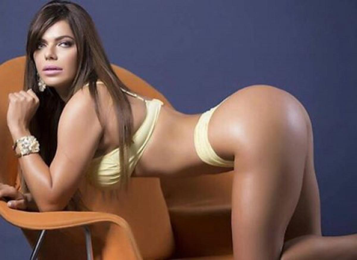 фото женщин гол