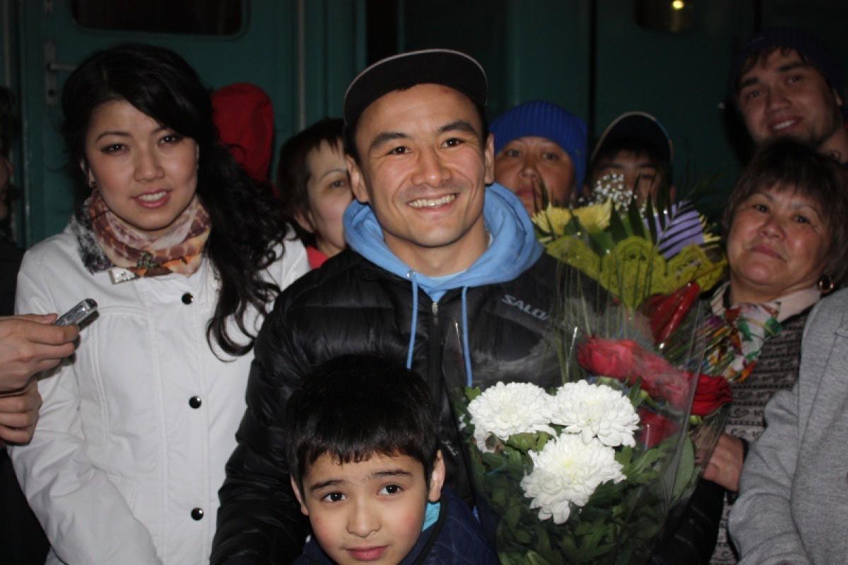 Исса Акбербаев получил травму, бой с Крстачичем в Киеве не состоится