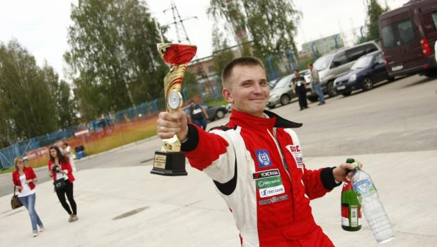 Казахстанец претендует на победу в чемпионате российских кольцевых автогонок