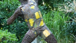 ФОТО: Скульптура Усэйна Болта появилась в Берлине