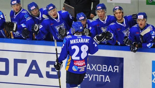 """""""Снежные Барсы"""" одержали десятую победу в МХЛ"""