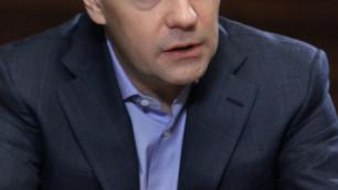 Медведев предложил сажать болельщиков за петарды