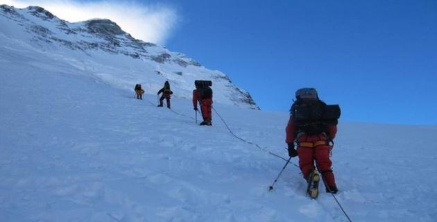 Казахстанские альпинисты стали победителями чемпионата мира в Высотном классе