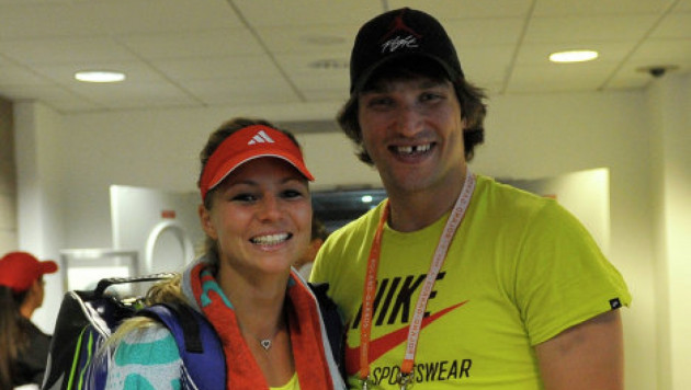 Овечкин и теннисистка Кириленко объявили о помолвке