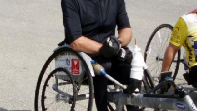 Казахстанский спортсмен-колясочник пробежал американский марафон