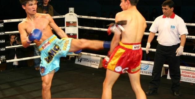 300 бойцов ведут борьбу за звание чемпиона Казахстана по муайтай