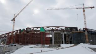 """На строящемся стадионе """"Зенита"""" арматура раздавила рабочего"""