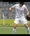 Футболиста во время матча укусила куница (+видео)