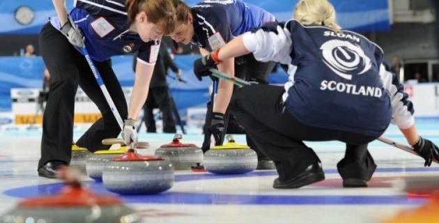 Шотландки стали чемпионками мира по керлингу