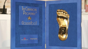 Бекхэм и Роналду вошли в список претендентов на приз Golden Foot 2013