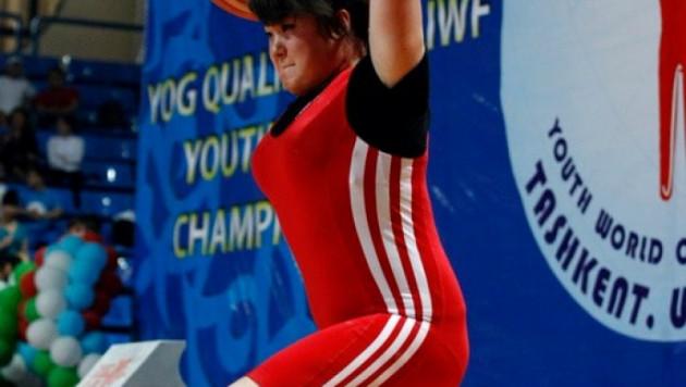 Казахстанская тяжелоатлетка стала чемпионкой мира среди юниоров