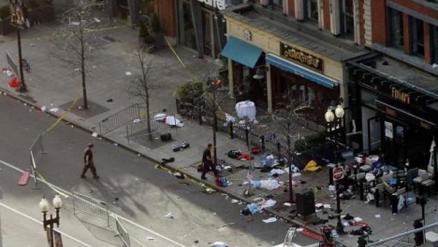 Число жертв взрывов на Бостонском марафоне возросло до трех