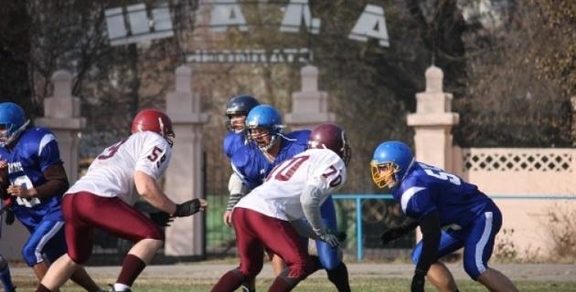 В Алматы тренера из США организуют лагерь американского футбола