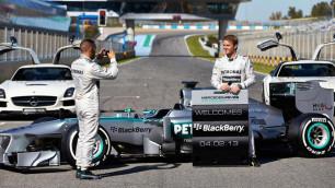 """Команда Mercedes готова уйти из """"Формулы-1"""" из-за коррупционного скандала"""
