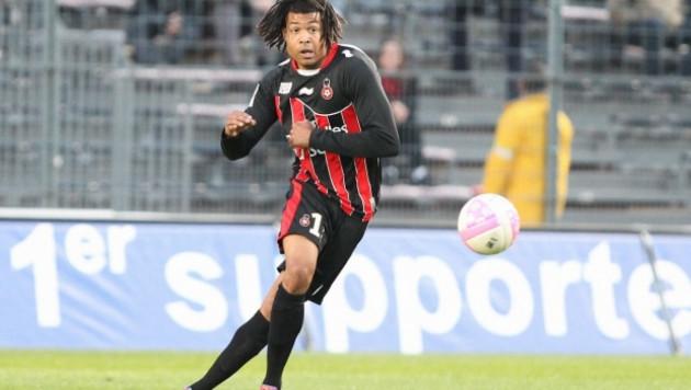 Попавший в ДТП футболист французского клуба вышел из комы