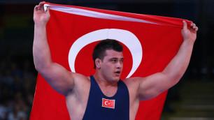 Призер Олимпиады-2012 дисквалифицирован за расистские твиты про армян и греков