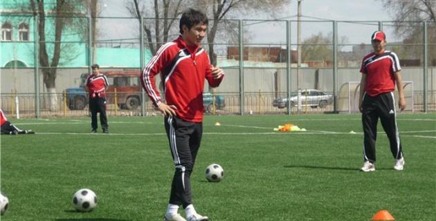 Кенжисариев приходит в себя и намерен вернуться в футбол