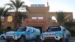 Казахстанские гонщики улучшили позиции в общем зачете ралли в Марокко