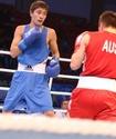 Казахстанец Сулейменов стартовал с победы на ЧМ по боксу в Алматы