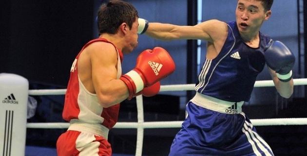 Кайрат Ералиев вышел в 1/8 финала чемпионата мира по боксу