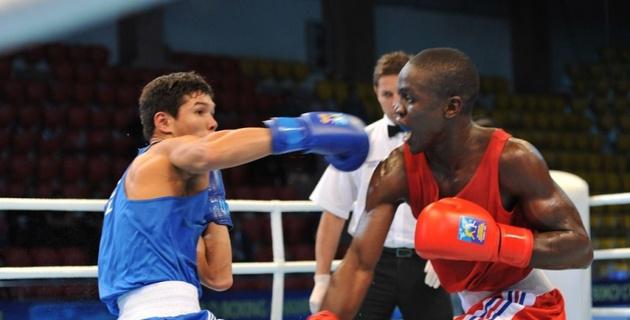 Капитан сборной Казахстана не оставил шансов боксеру из Франции