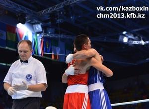 У двух казахстанских боксеров во время чемпионата мира родились дочки