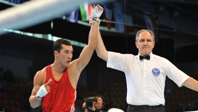 Адильбек Ниязымбетов во второй раз подряд вышел в финал ЧМ по боксу