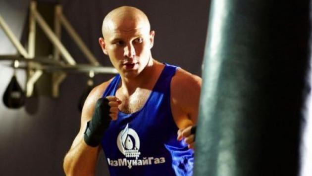 Иван Дычко стал последним финалистом ЧМ по боксу в Алматы