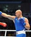 Иван Дычко нокаутом проиграл решающий поединок чемпионата мира в Алматы