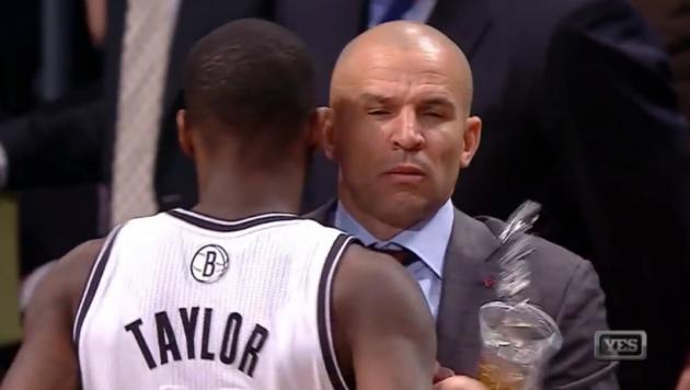 НБА оштрафовала на 50 тысяч долларов тренера за трюк с газировкой