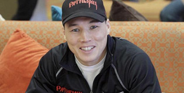 Российскому боксеру подарили Chevrolet Camaro за победу в титульном бою