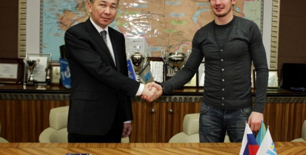 """""""Кайрат"""" подписал контракт с Заурбеком Плиевым"""