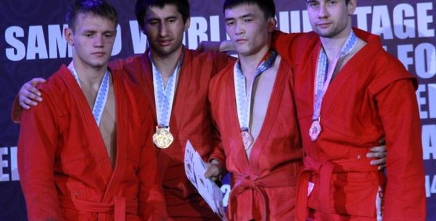Казахстанские самбисты заняли второе место в общекомандном зачете этапа Кубка мира в Алматы