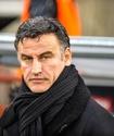 Французский тренер ударился головой об штангу на тренировке