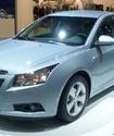 Есимов вручил Тену ключи от Chevrolet Cruze