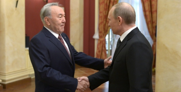 Назарбаев поздравил Путина с успешным проведением Олимпиады в Сочи
