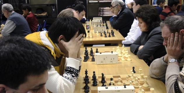 В Алматы стартовал шахматный турнир на призы Амантая Булекпаева