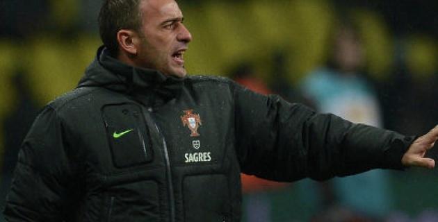 Главный тренер сборной Португалии по футболу продлил контракт до 2016 года