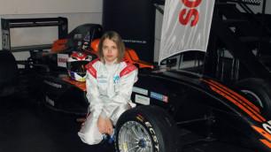 17-я летняя казахстанка будет выступать в Formula Russia без прав