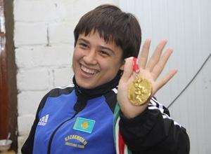 Казахстанскую призерку чемпионата мира по женской борьбе обвинили в непрофессионализме