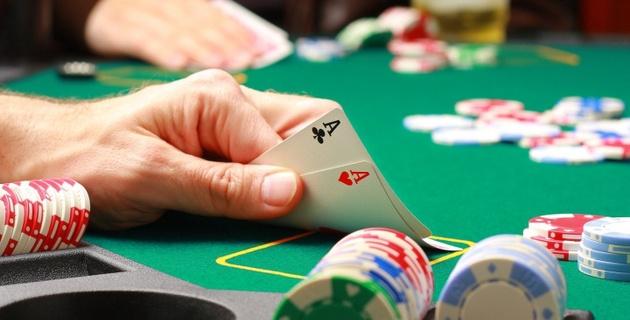 У игрока в покер из Казахстана конфисковали 250 тысяч долларов
