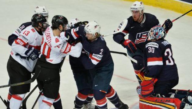 Хоккеист сборной Швейцарии назвал смехотворным судейство в матче с США