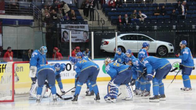 Казахстан потерял одну позицию в шутливом рейтинге Международной федерации хоккея