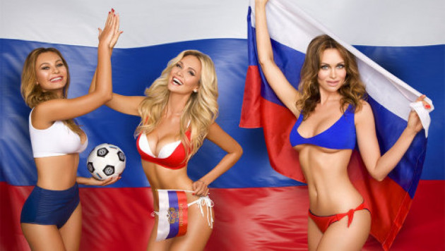 Жены футболистов сборной России снялись в откровенной фотосессии