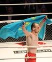 Обладатель Кубка мира из Казахстана выиграл свой первый профессиональный поединок в М-1
